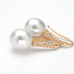 OPULEN-pearl-earrings-Big-1