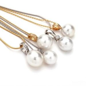 Stunning-pearl-pendants-Big-1